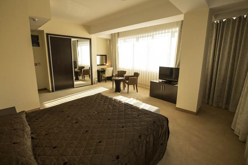 de_lux_standard_room-1