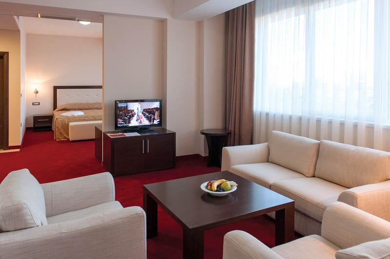 tccgrand_plaza_suite-10
