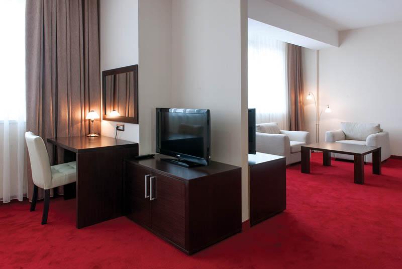 tccgrand_plaza_suite-7